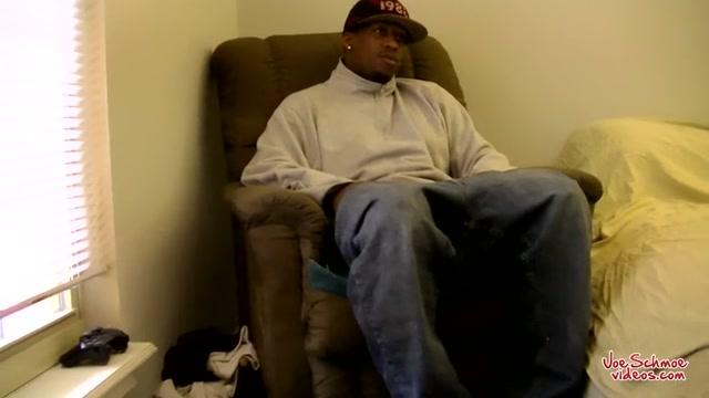 Big Black Guy James Gets Blown - James & Joe - JoeSchmoeVideos Online dating texting vs calling