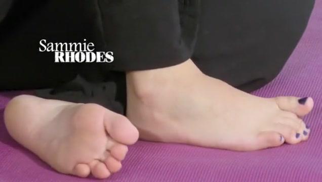 Sinn sage feet yoga confession