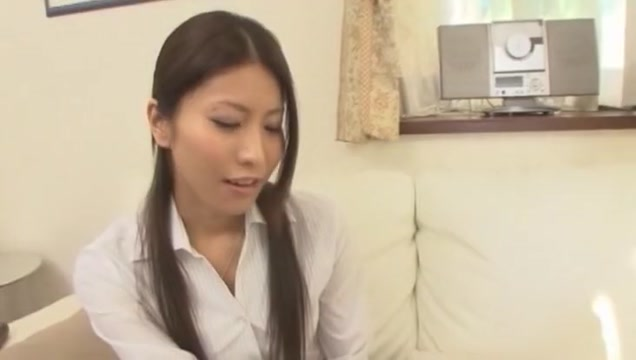 Amazing Japanese model Riona Suzune in Horny Facial, Handjobs JAV clip Femdom on the farm