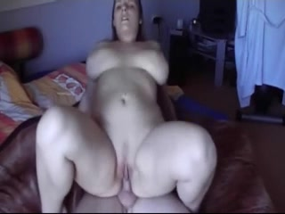 BUSTY AMATEUR CREAMPIE Model lesbian scissoring after pussylicking