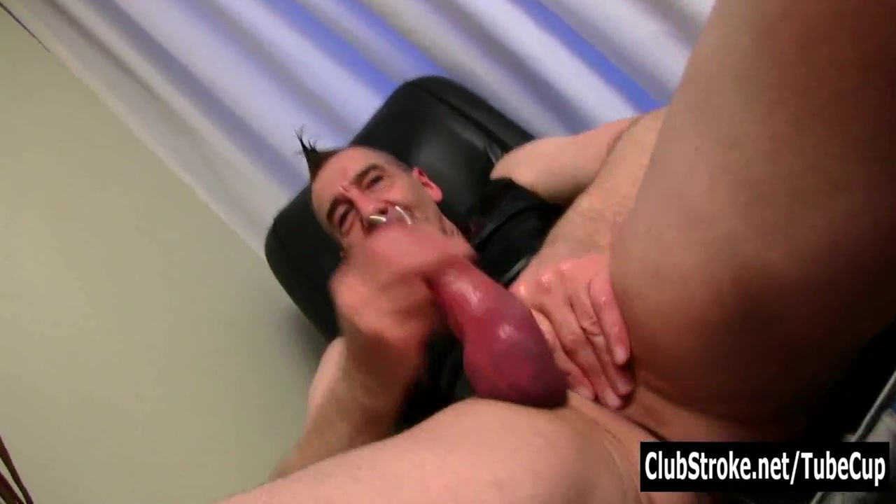 Mature Straight Marc Jerking Off His Pecker Encoxada Adventure Hot Teen In Jeans Part 1