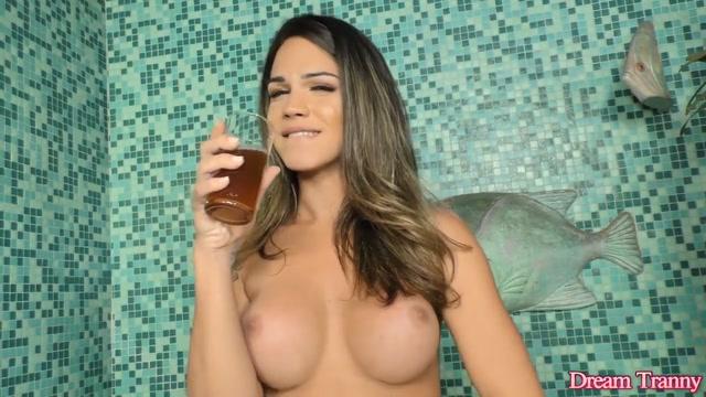 Alluring Transsexual Amanda Fialho Masturbates in a Bubble Bath