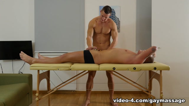 Luke Ward and Ryan Cage - GayMassageTable Sex milaf