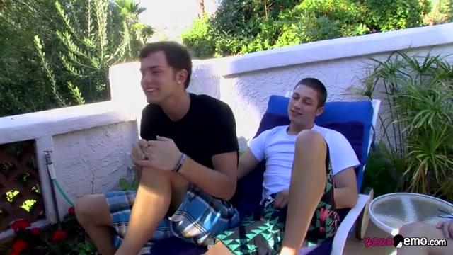 Horny Secret Fuck Buddies - Micah Andrews & Wesley Marks - HomoEmo Stocking feet domination helpless teen