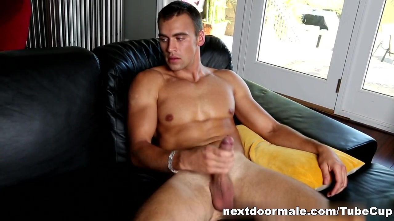 NextdoorMale Video: Carter Bang cumbaths gang group sex