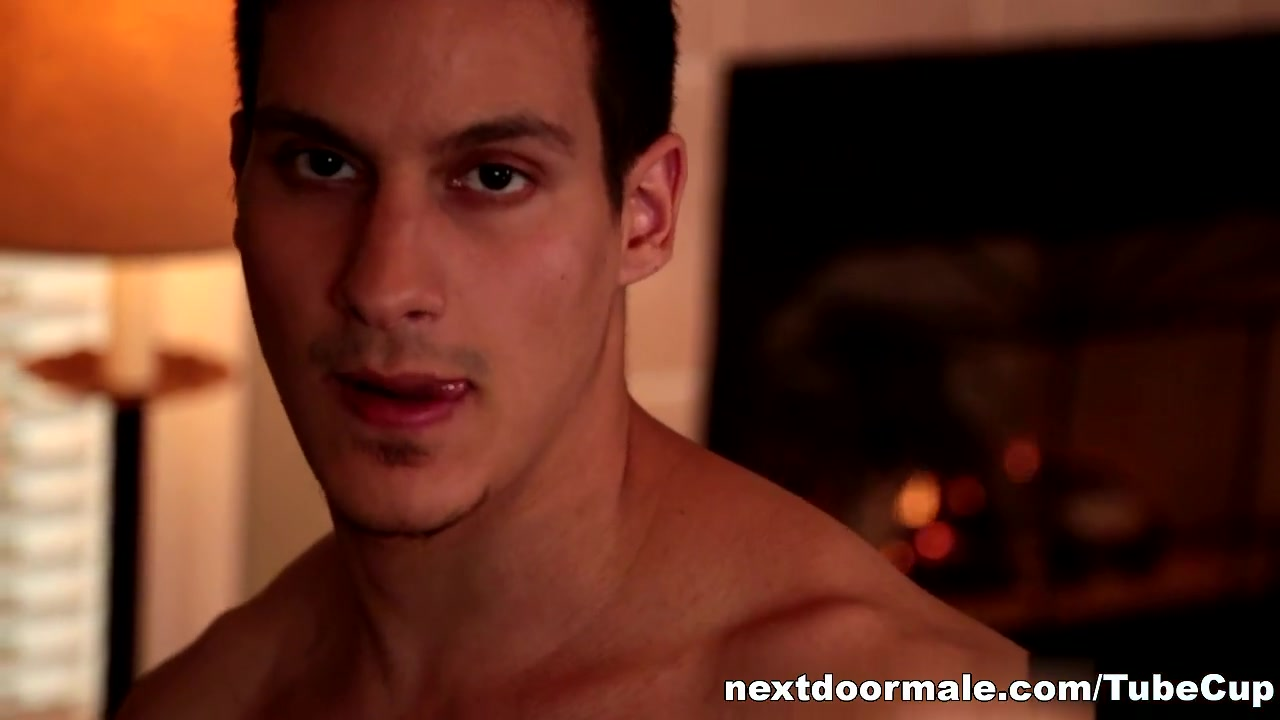 NextdoorMale Video: Sonny Nash phone sex with women who want it