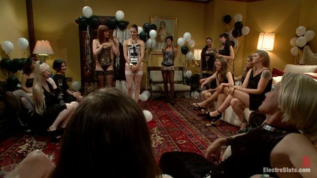 Justine Joli & Beretta James & Audrey Rose in Happy Birthday Justine Joli - Electrosluts Seeks pussy to please in Abai