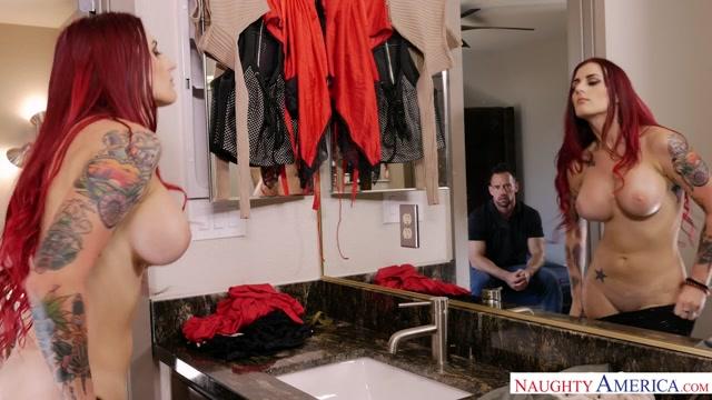 Tana Lea & Johnny Castle in MyGirlfriendsBustyFriend Undress girl panty video