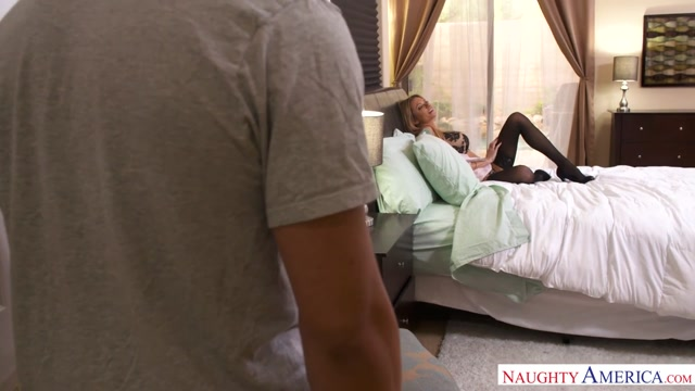 Briana Banks & Bambino in MyFriendsHotMom Ssbbw fisting part 1
