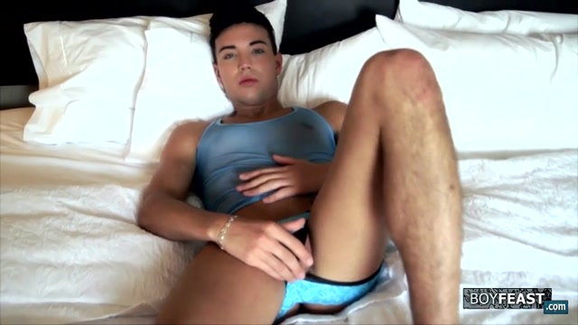 A Perfect Boy With A Perfect Cock - Jake Diamante - BoyFeast brunettes with boobs gets fucked