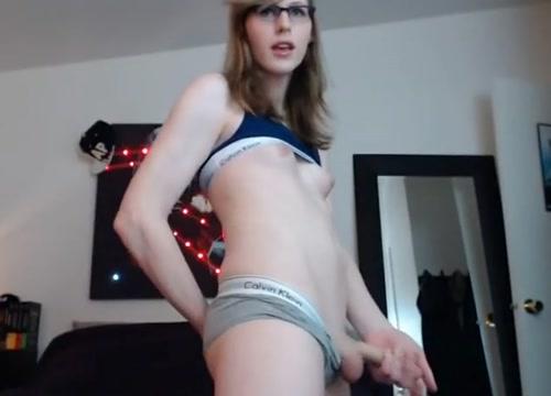 This girl is very sweet (Lianna Lawson) fotos del video porno de noelia