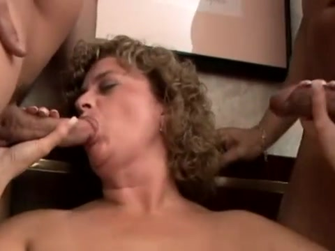 Rhegan o makin sucking two cocks Horney mature housewives