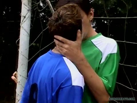 Footballer Bareback Boys! - Alan Melo And Bruno Stigmata - BestBareback What county is neoga il in
