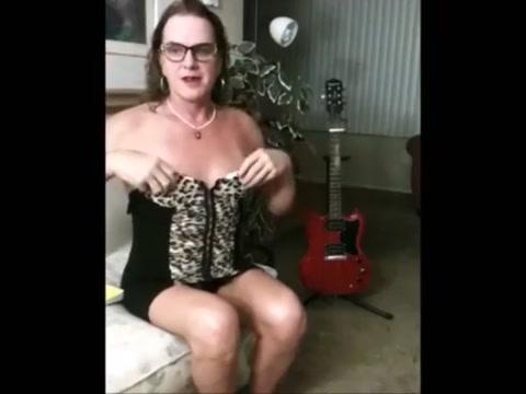 3 hours with Liz Hailey hideaway pole stripper