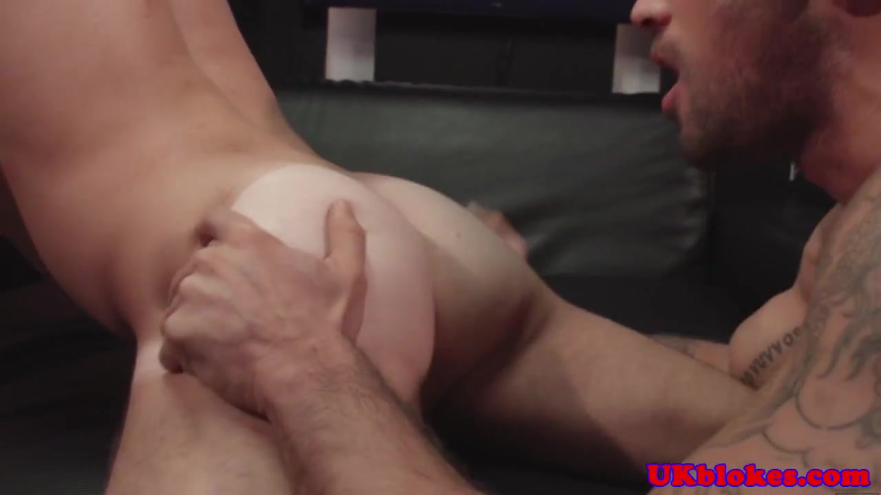 Horny english queer bottom cock drooling watch me fuck my gf
