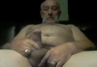 Chubby Uncut Grandpa Wanking Sem Phim Sex Nhe Thoi Em Dau