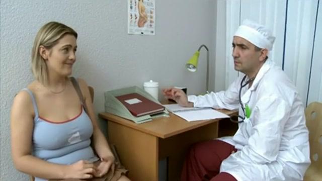 JDT110: Doctor Gynecolochenko 04 Thick shaved lips