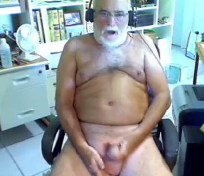 grandpa stroke ashley judd nude in bug