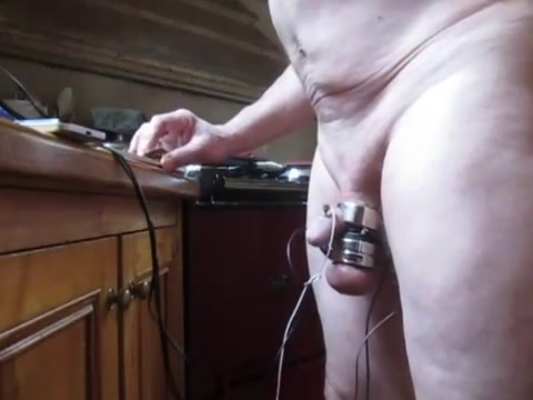 Double orgasm, hands free with electro estim like cervix during sex