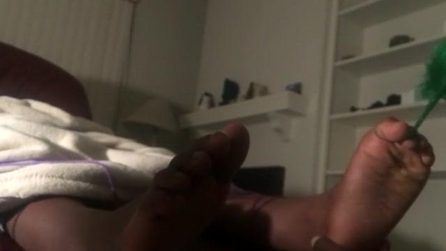 Feet tickle worship Older black women pics