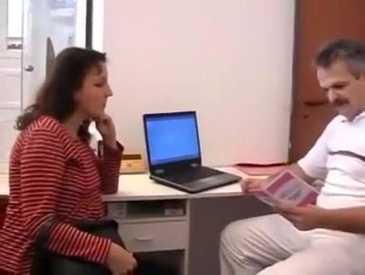 Perverted doctor inspects a pregnant woman internally. Women seeking sex partners in Garbahaarey