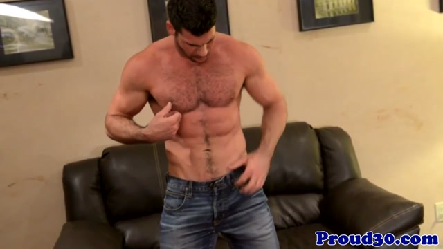 Mature muscle Billy Santoro jerks thick meat big boobs its tubes porn