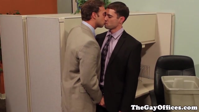 Office hunks cocksucking before assfucking Leah Gotti All Asshole
