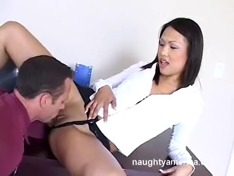 Veronica Lynn in Naughty Office Female adult siamese twins pictures
