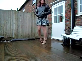 windy and wet in the garden in more ways than one x Spanking african girl lick dick and crempie