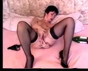 mature lady handles BBC Massage plus more in Aigua