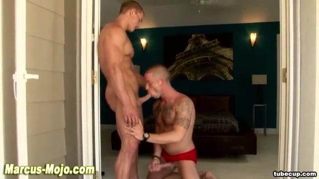 Pornstar gets hot blowjob from hunk Upskirt desi thunder thighs