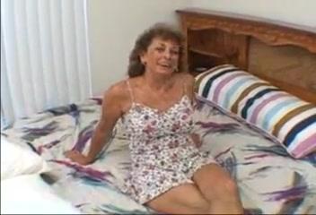 Sophia Lipps loves sucking cock Navy blue lingerie and stockings