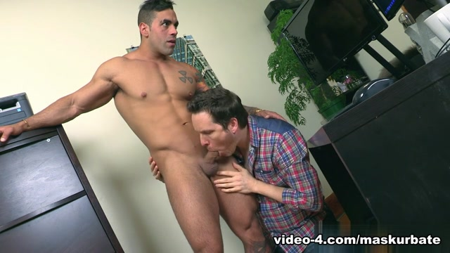 Pascal & Elio in Office Suck 2 XXX Video Please hang me bdsm