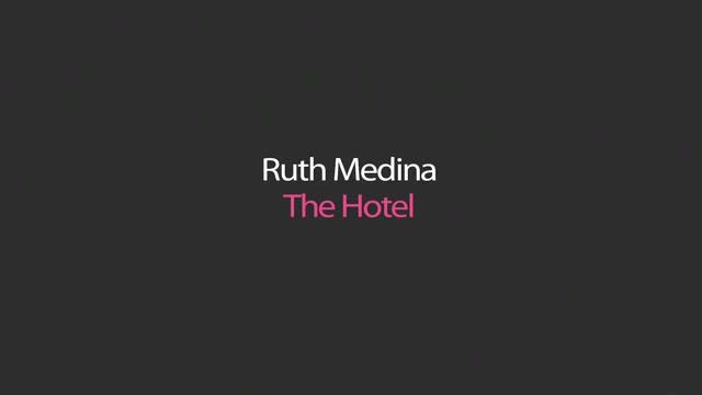 Beautiful latin girl Ruth Medina spreads her big ass