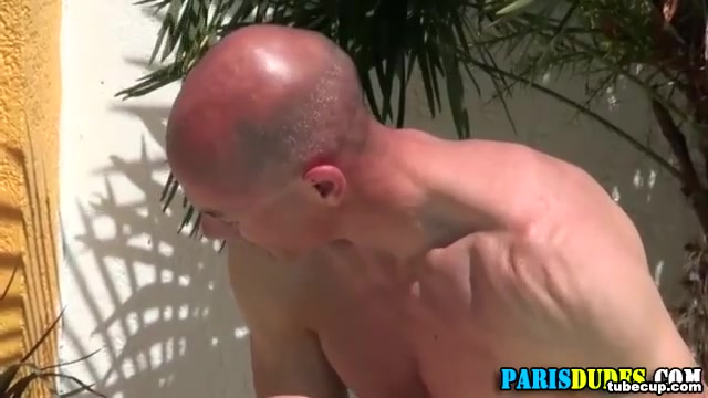 Muscly euro dude sucks and rides Midget tranny