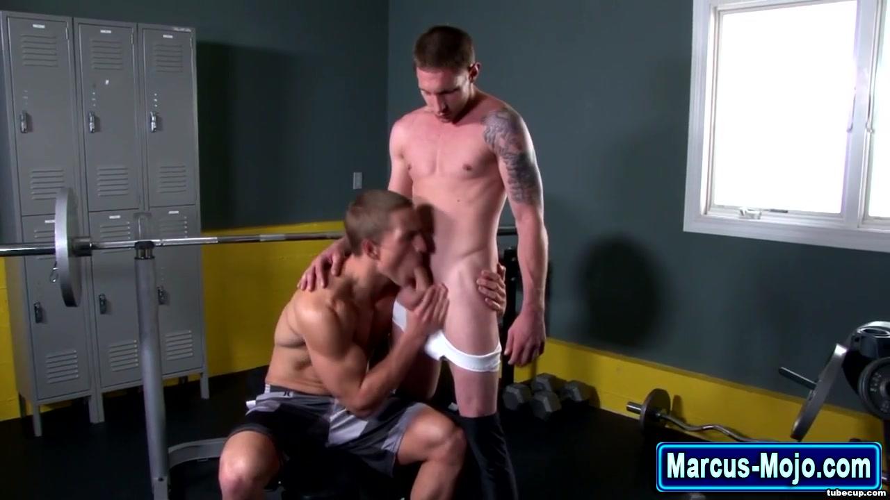 Pornstar and muscly jock suck Sonam kapoor koen xxx