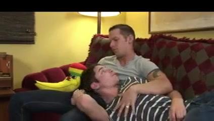 Zwei Paare ein Sofa Norwich chat rooms