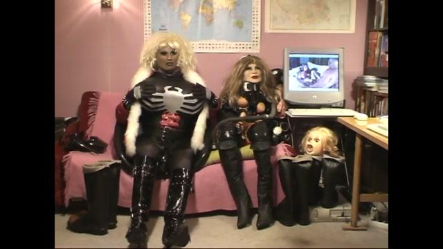 Roxina EbonySofaDoll X Hot naked chicks with nice pussy