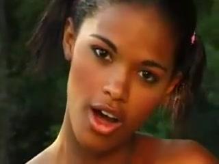 Hot ebony babe anal Amateur couple kiss then massages inside out cumshot