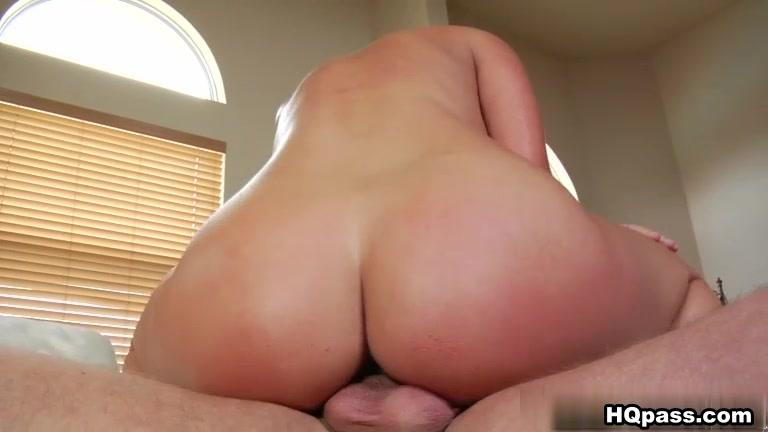 MilfHunter - Fast cars easy pussy Amatuer female masturbation orgasm clips