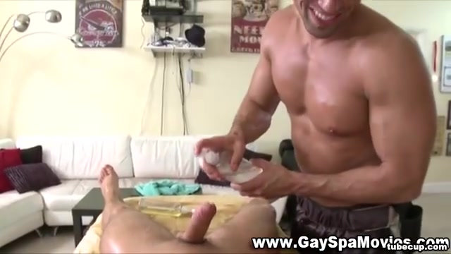 Straighty gets dick sucked gay young girls deep throating