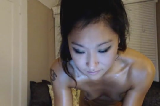 Super Sexy Asian Chick Stripteasing san jose foot fetish