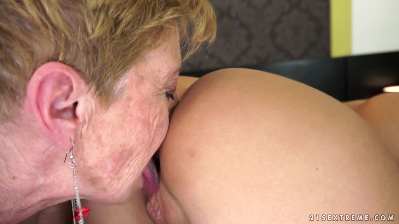 21Sextreme Video: Ageless Romance Avril Sun fucking two BBC's at the gloryhole