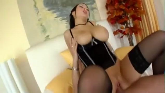 Big tit job and cum shot for Dominno Free chimp porn pics