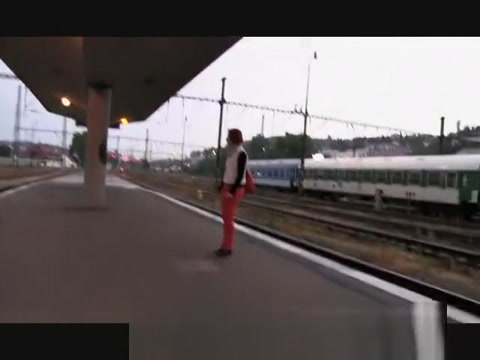 PublicAgent Redhead Alice is fucked behind the train station perevod i don t give a fuck