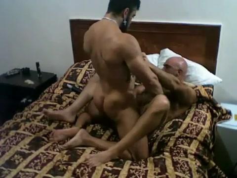 contratando yigolo Cum dripping ass holes