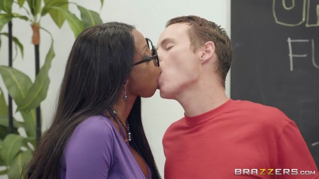 Diamond Jackson & Justin Hunt in BrazzersNetwork Porn School - BrazzersNetwork Carolina alfaro pornstar