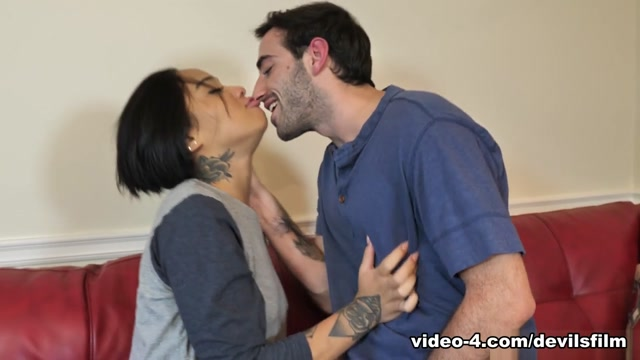 Honey Gold & Jake Adams in Shes Full Of Squirt #2, Scene #01 - DevilsFilm Gloryhole in chicago