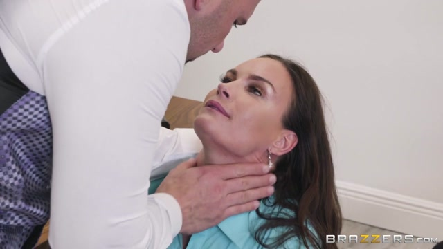 Diamond Foxxx & JMac in HR Whorientation - BrazzersNetwork Bent nude shaved girl