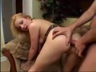 Blondine swallows every drop Game of desire sex